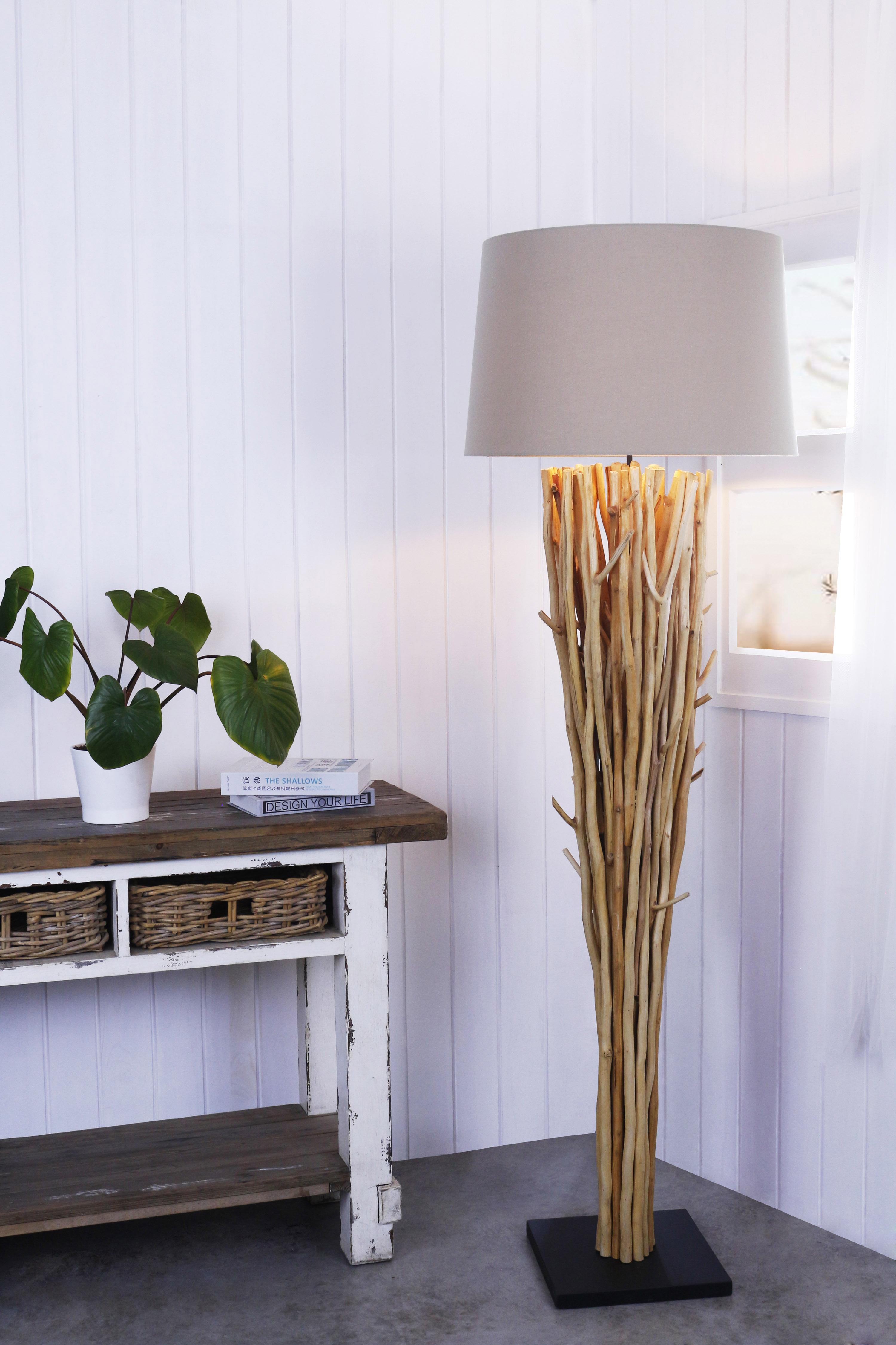 Elementaire Floor Lamp product photo #2