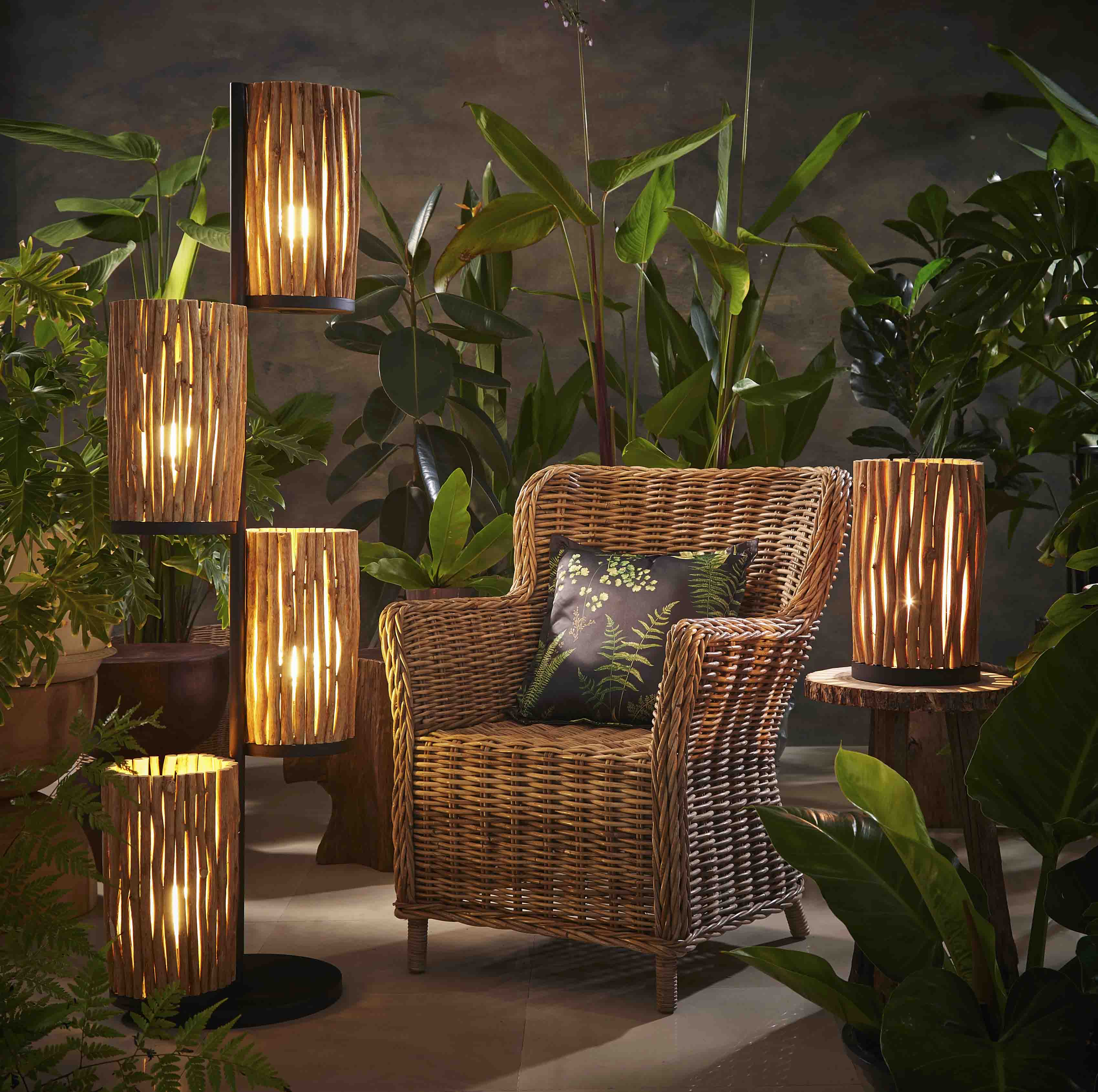 Circular Forresta table lamp product photo #1