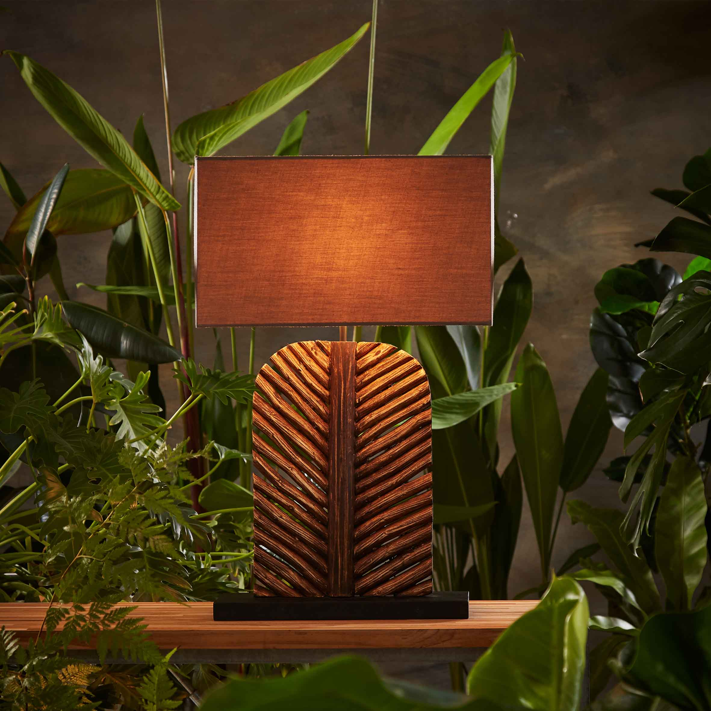 Forresta Leaf table lamp product photo #1